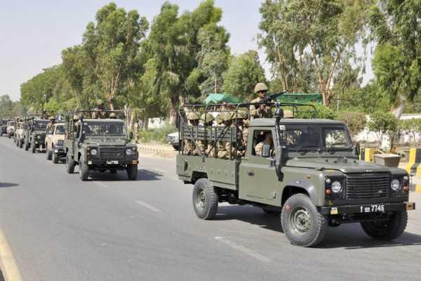 pakistan-moving-troops-towards-loc