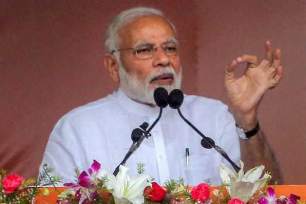 people-having-political-greed-wants-helpless-govt-pm-modi