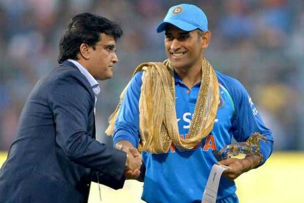 why-should-ms-dhoni-retire-sourav-ganguly
