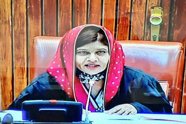 hindu-female-senator-chairs-pakistan-senate-on-women-s-day
