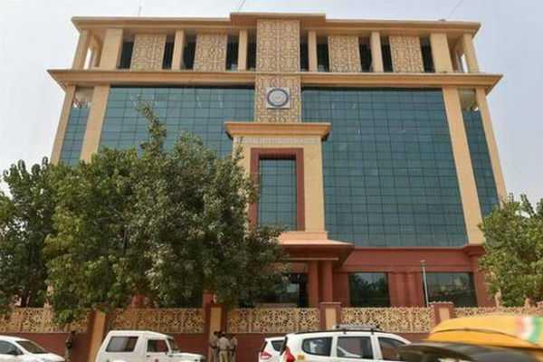 nia-summons-kasmir-seperatists-leaders-for-terror-financing-case