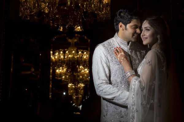 arya-tweets-wedding-pics
