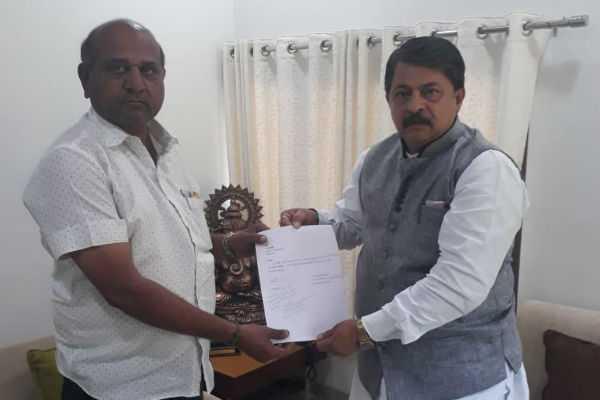 gujarat-congress-mla-resigns