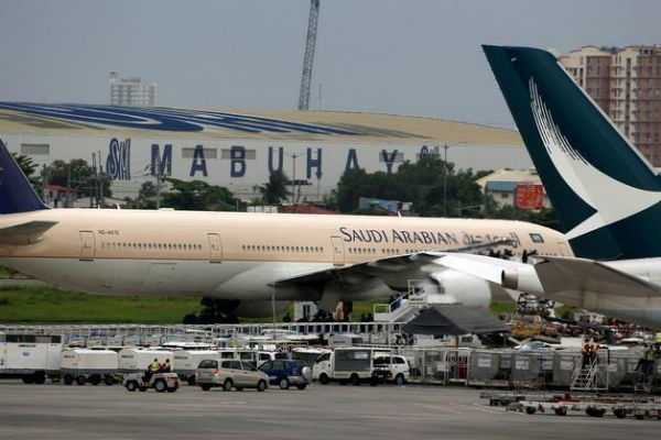 plane-turns-around-and-return-to-saudi-airport-after-mother-forgets-baby-at-airport
