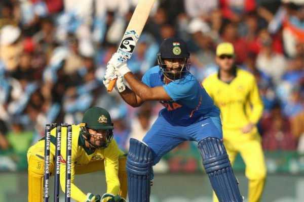 cricket-india-vs-australia-india-need-273-runs-to-win