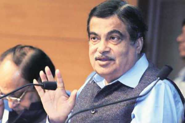 nitin-gadkari-wishes-his-rival-candidate