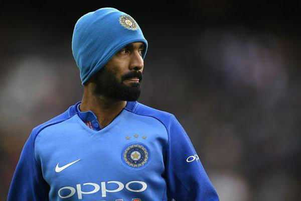 simon-katich-emphasizes-dinesh-karthik-s-role-as-the-finisher