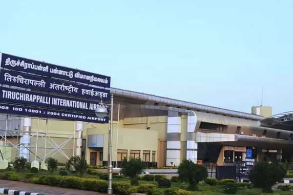 trichy-283-grams-gold-seized-in-airport
