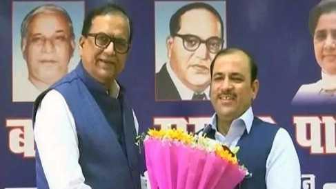janata-dal-secular-s-danish-ali-joins-mayawati-s-party-ahead-of-polls