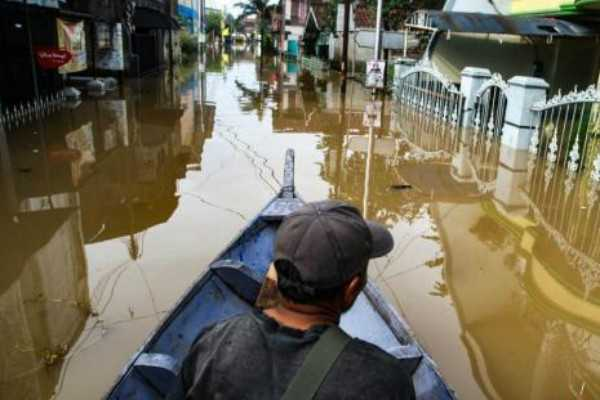 flash-floods-in-indonesia-s-papua-province-50-feared-dead