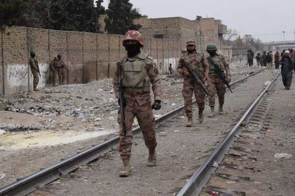 pakistan-3-dead-in-train-bomb-blast