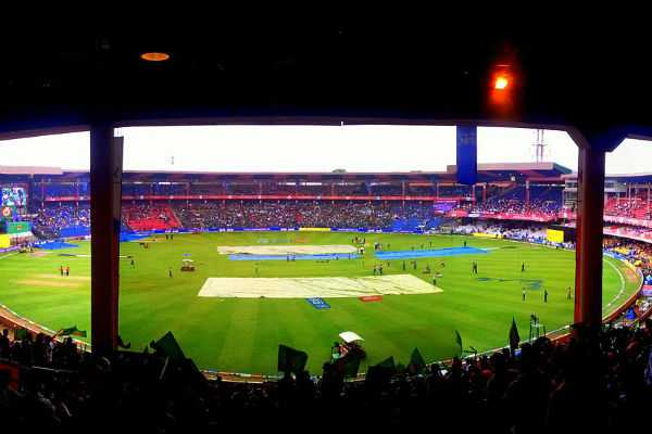 ipl-2019-rcb-takes-initiative-of-allowing-pets-during-home-matches