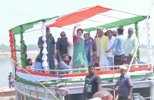 congress-general-secretary-up-east-priyanka-gandhi-vadra-begins-3-day-long-ganga-yatra-from-manaiya-ghat-to-assi-ghat-in-varanasi