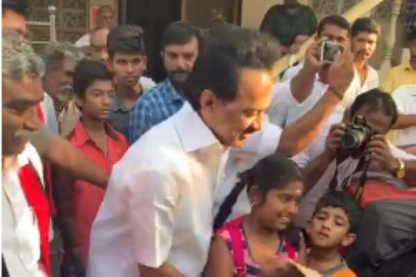 dmk-chief-stalin-begins-election-campaign-at-thiruvarur