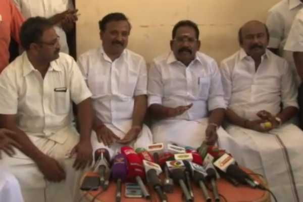 those-who-have-strayed-from-the-aiadmk-are-equal-to-hair-sellur-raju
