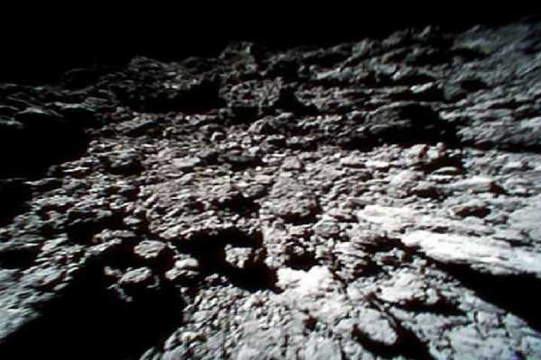 nasa-probe-makes-new-discoveries-on-asteroid-bennu