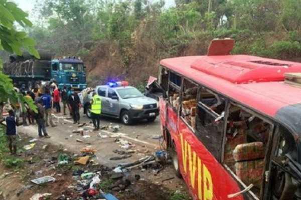 ghana-two-buses-collide-atleast-50-dead