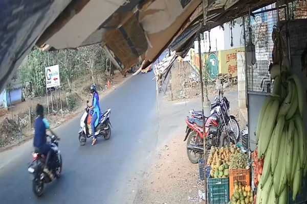 two-wheeler-accident-woman-hospitalised