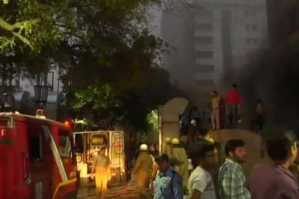 fire-in-aiims-hospital-trauma-center