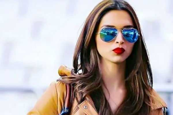 deepika-padukone-apologizes-to-fans
