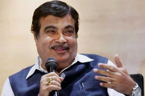 congress-workers-supporting-me-nitin-gadkari