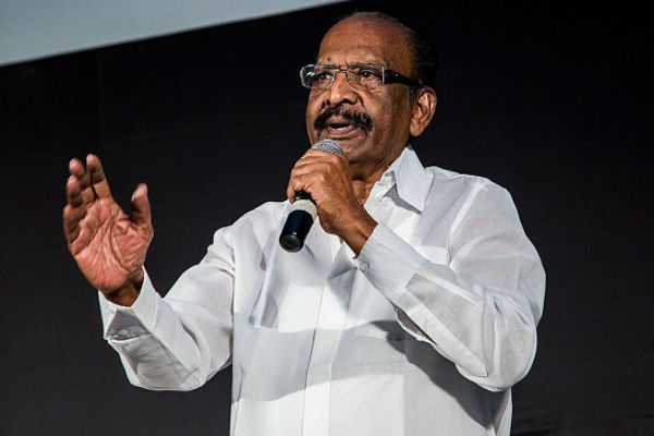 veteran-director-mahendran-hospitalized