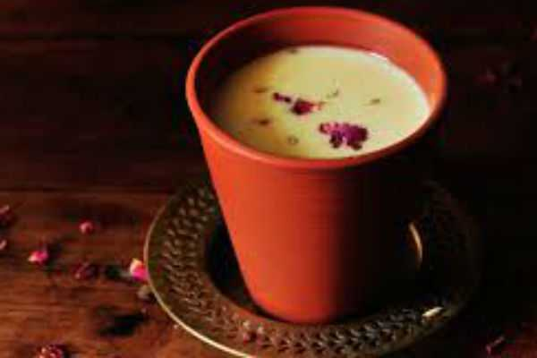 health-benefits-of-thandai-for-acidity-bloating