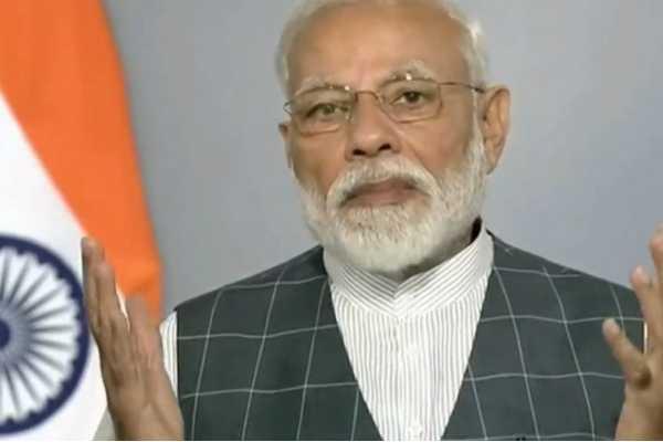 pm-modi-criticized-about-congress-election-manifesto
