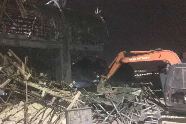 2-dead-after-under-construction-building-collapses-in-bengaluru