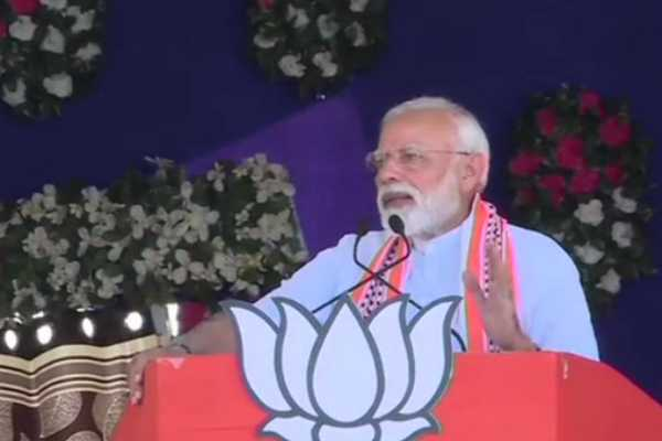 prime-minister-narendra-modi-addressed-a-major-public-meeting-in-junagadh-gujarat-today