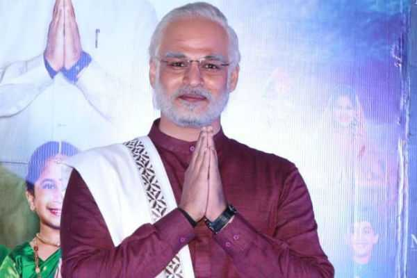 ec-ban-on-pm-narendra-modi-film-release