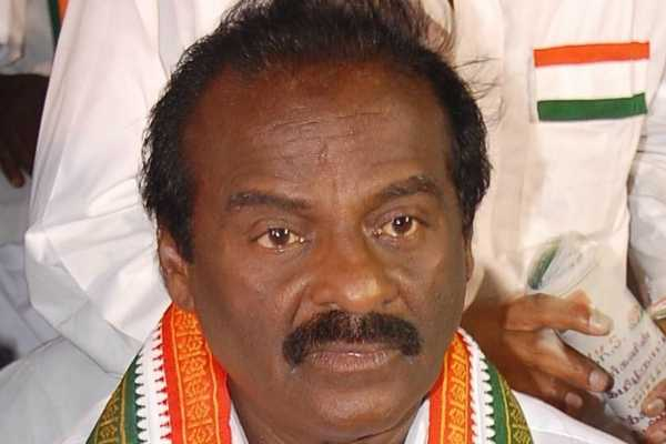 pon-radhakrishnan-should-step-out-of-the-election-vasanthakumar
