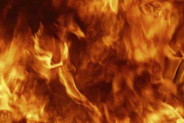 delhi-fire-breaks-out-at-a-clothes-showroom-in-uttam-nagar