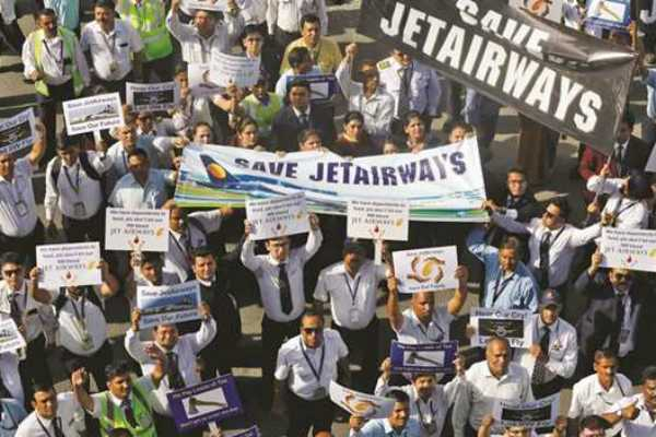 jet-airways-employees-stage-silent-protest-at-delhi-airport-seek-unpaid-salary