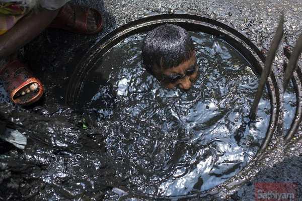 poisonous-gas-leaks-in-tank-four-dead