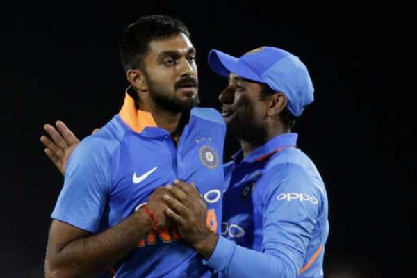 ambati-rayudu-ordered-3-d-glasses-to-watch-the-world-cup
