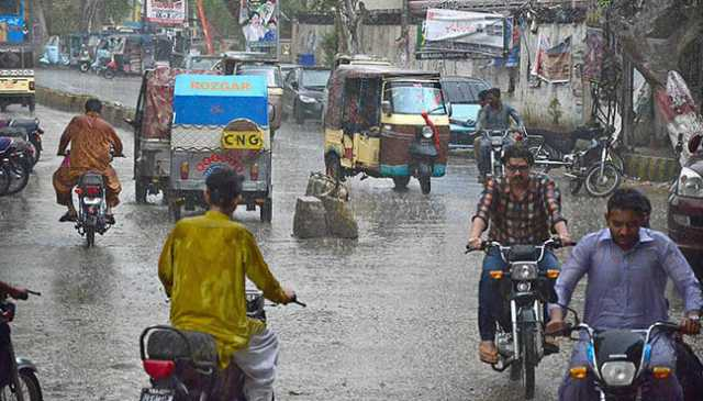 39-killed-as-rain-wreaks-havoc-across-pakistan