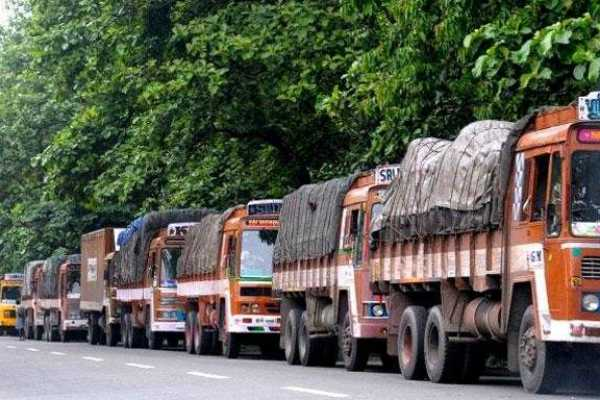the-strike-stopped-truck-drivers-who-returned-to-work-again