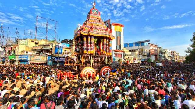 chittirai-festival-begins-in-madurai