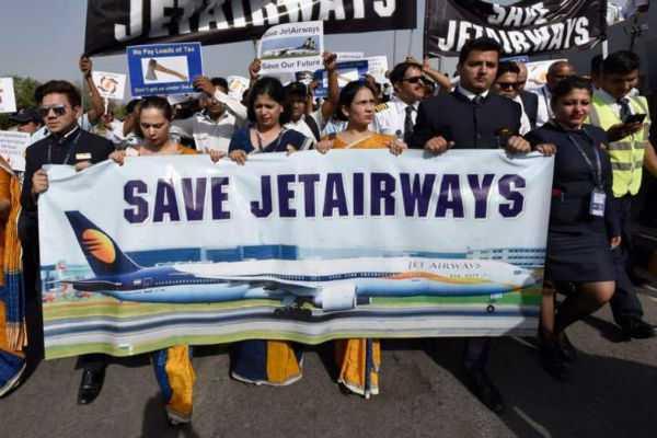 jet-airways-employees-protest-in-delhi