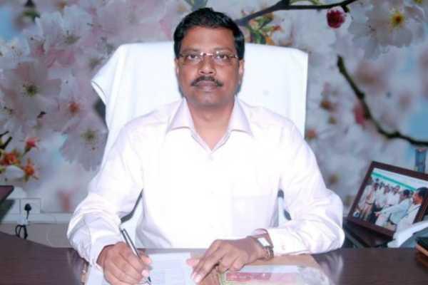 at-6-o-clock-will-be-given-token-election-officer-satyabrata-sahu
