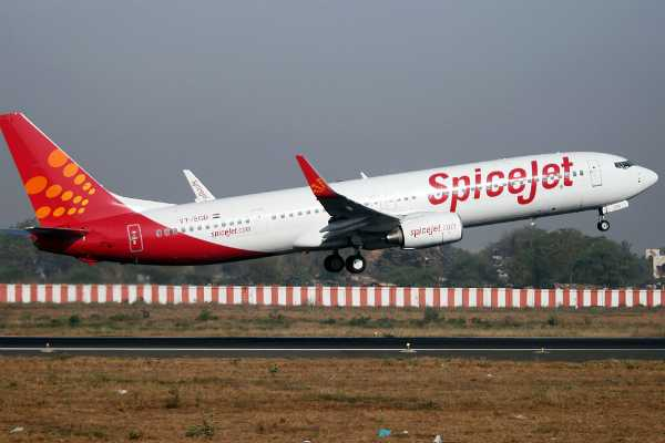 spicejet-hires-500-employees-including-100-pilots-from-grounded-jet-airways
