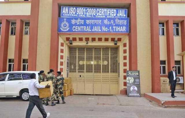 prisoner-alleges-tihar-jail-superintendent-branded-om-on-his-back