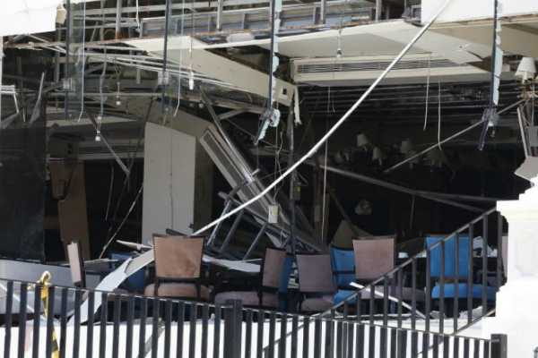 160-dead-as-eighth-blast-hits-sri-lankan-capital-curfew-declared