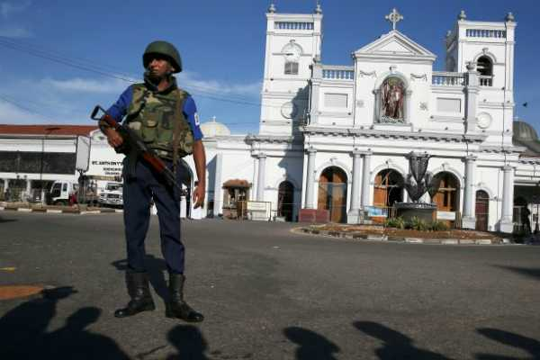 sri-lanka-imposes-curfew-again