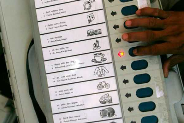polling-underway-for-all-seats-in-kerala