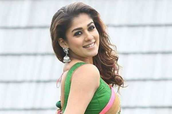 lady-superstar-nayanthara-joins-the-sets-of-darbar-today