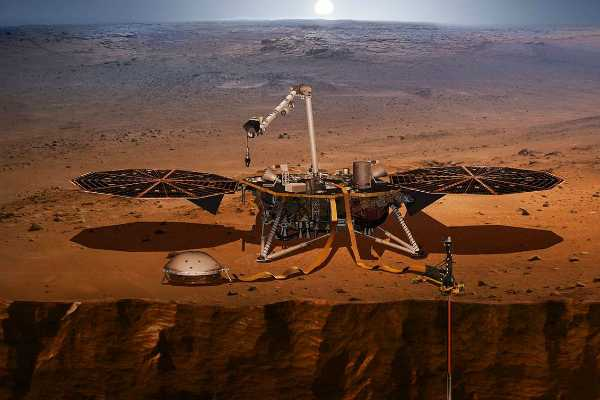 nasa-s-insight-lander-on-mars-has-felt-its-first-marsquakes