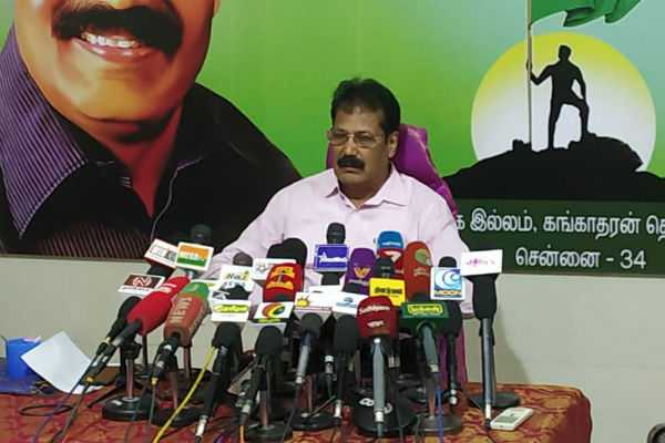 ttv-should-condemn-the-supporters-who-interfere-during-the-campaign-krishnaswamy