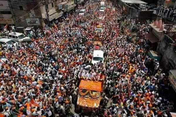pm-modi-road-show-at-varanasi
